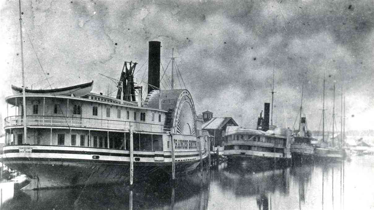 Postcard of the steamer Frances Smith (1872 – 1888) from the Cliff McMullen collection (PF95)